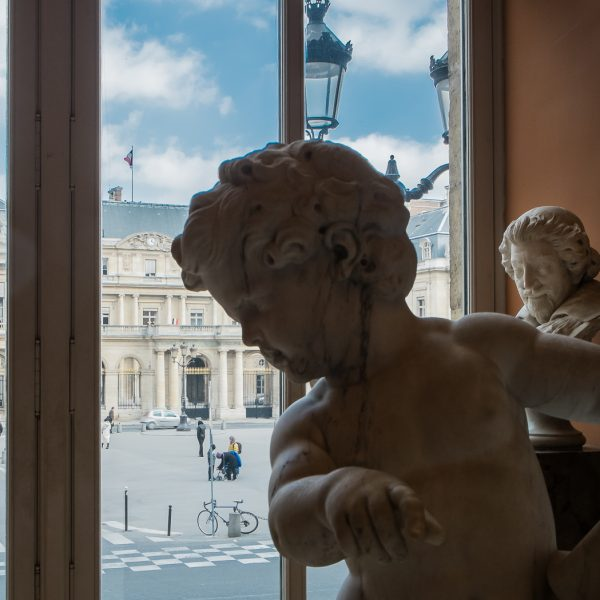 Composition vers le Palais Royal